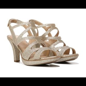 Naturalizer Dianna gold heels